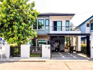For SaleHouseChiang Mai : House for sale in Chiang Mai, Rinrada Sansai, beautiful house, Chiang Mai, 65 sq m, Central Festival in Chiang Mai.