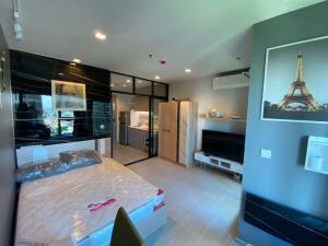 For RentCondoRama9, Petchburi, RCA : For rent, Life Asoke-Rama 9, 25 sq m., 15th floor, close to MRT Rama 9, only 300 meters.