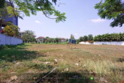 For SaleLandHua Hin, Prachuap Khiri Khan, Pran Buri : Summit Windmill Golf Club - Empty Land / 2 Title Deeds / Ready To Build / Lake Side