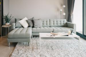 For RentCondoSukhumvit, Asoke, Thonglor : For rent, Loft Asoke, 2 bedrooms, 2 bathrooms, new room, just finished decoration.