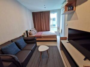 For RentCondoOnnut, Udomsuk : Condo for rent, The Sky Sukhumvit, luxury condo, good location, near BTS Udom Suk, fully furnished, ready to move in, beautiful room