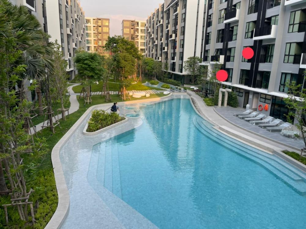 Sale DownCondoRangsit, Patumtani : Kave Town For sale Condo sales down, Cave Town, 29.22 sq m, pool view, very beautiful position. Condo near Bangkok University