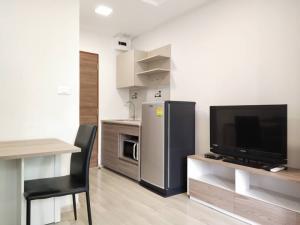 For RentCondoVipawadee, Don Mueang, Lak Si : New room for rent, urgent, Plum Condo, Saphan Mai, 1 bedroom, 7,000 baht.