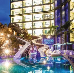 ขายขายเซ้งกิจการ (โรงแรม หอพัก อพาร์ตเมนต์)พัทยา บางแสน ชลบุรี : Hot Deal Reduced Price to 260,000,000 THB