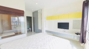 For SaleCondoLadprao, Central Ladprao : Condo for sale, The Room Ratchada-Ladprao, 1 bedroom 41 sq m, near MRT Lat Phrao, best price now.