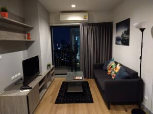 เช่าคอนโดลาดพร้าว เซ็นทรัลลาดพร้าว : For Rent 租赁式公寓 Chapter One Midtown (2bed 2bath ) 60 sq.m. 25,000 THB Tel. 065-9899065