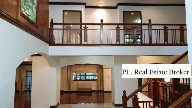 For RentHouseRatchadapisek, Huaikwang, Suttisan : 2 storey detached house for rent, Rama 9 Research Center, near Bangkok Hospital, near expressway, near Ekamai, Thonglor.