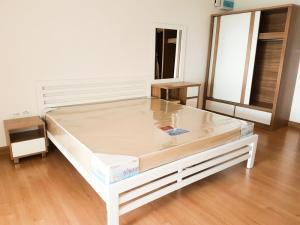For RentCondoRattanathibet, Sanambinna : Condo for rent  Supalai Vista @ Tiwanon Intersection   fully furnished (Confirm again when visit). Size 30 SQM.  studio room1 bath.