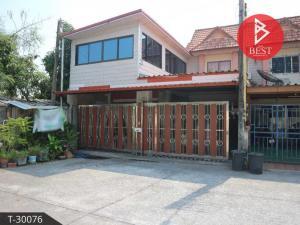 For SaleTownhousePattaya, Bangsaen, Chonburi : Townhouse for sale behind Suksiri Ville village, Na Pa, Chonburi.