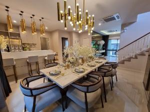 เช่าบ้านพัฒนาการ ศรีนครินทร์ : ให้เช่าบ้านโครงการหรู  บุราสิริ พัฒนาการ ตกแต่งสวยงาม Fully furnished