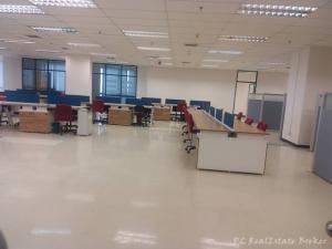 เช่าสำนักงานสุขุมวิท อโศก ทองหล่อ : ให้เช่าพื้นที่สำนักงาน 654 ตรม. อาร์เอส ทาวเวอร์ RS Tower ติด MRT ศูนย์วัฒนธรรม