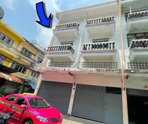 For SaleShophouseBang kae, Phetkasem : Selling commercial buildings, commercial buildings, 2 booths along the Phasi Charoen canal, north side, Soi 1, renovated, 32 sq m
