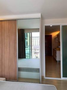 For RentCondoRatchadapisek, Huaikwang, Suttisan : RT0024‼ ️ Special price‼ ️ Condo for rent, The Emerald Residence @ Ratchada, near MRT Huai Khwang.