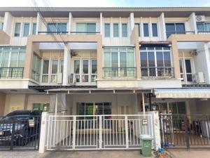 For RentTownhouseChengwatana, Muangthong : Townhouse for rent, Vista Park, Chaengwattana.