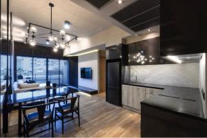 ขายคอนโดสุขุมวิท อโศก ทองหล่อ : ★☆ Sale Lofts Asoke 2 Bed 76 Sqm . Fully-Furnished / Build-in about 1 MB  ★☆