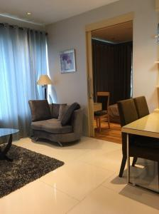 For RentCondoSukhumvit, Asoke, Thonglor : For rent, the best price since having come !! Spacious room, fully furnished, fully furnished, ready to move in (46.5 sqm.) @Emporio Place