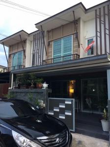 For RentTownhouseSamrong, Samut Prakan : 2-storey townhome for rent, Pruksa Prime, Pruksa Prime, Srinakarin-Bangna, beautiful house, fully furnished, 5 air conditioners, house width 5.7 meters.