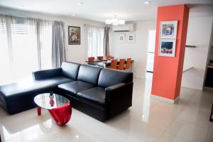 For RentCondoOnnut, Udomsuk : Apartment with 3 bedrooms, 3 bathrooms, 145 sqm
