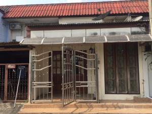 For SaleTownhouseChengwatana, Muangthong : Townhouse for sale Welfare Village, Bangkok (Owner sells himself, does not accept brokers) Size 18 sq.wa. House No. 49/1259, Bang Krang Subdistrict, Pak Kret District Nonthaburi Province