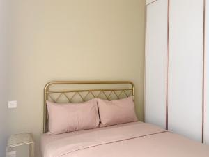 เช่าคอนโดสุขุมวิท อโศก ทองหล่อ : ห้องสวยเหมาะกับผู้หญิงหวาน ให้เช่า Noble be 19 2 นอน 2 น้ำ