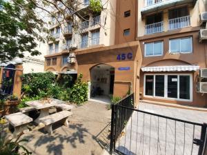 For SaleCondoKaset Nawamin,Ladplakao : Condo for sale Thana Place Sukontasawat 10 Building 45C, 1st floor, corner room with corner garden area.