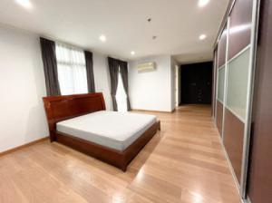 For RentCondoSukhumvit, Asoke, Thonglor : Condo for rent 3 bedrooms with kitchen zone, leisure zone, Wattana Suite condominium, 137 sq m.