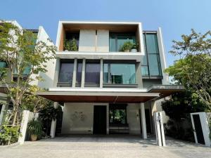 For SaleHouseRatchadapisek, Huaikwang, Suttisan : Sample house for sale House with private pool and private elevator in Rama 9 - Ratchada area, 4 bedrooms, 5 bathrooms, 2 living rooms, 4 parking spaces, 737 sq m, 120 sq m Selling: Luxury House with Private Pool & Private Lift In Rama 9 Ratchada, 4 Be