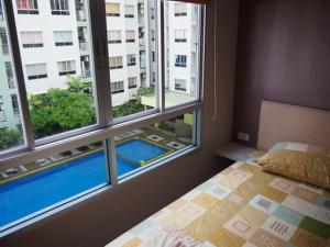 For RentCondoNawamin, Ramindra : For rent LPN Ville Ramindra-Laksi. Swimming pool view, next to Central Ramindra, 30.5 sqm.