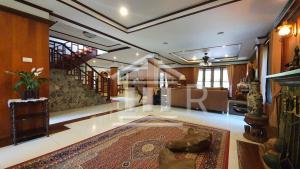 For SaleHouseChiang Mai : House for sale in Chiang Mai Near Chiang Mai Night Safari country park ville