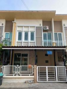 เช่าทาวน์เฮ้าส์/ทาวน์โฮมพระราม 2 บางขุนเทียน : หมู่บ้าน Golden Town Rama2 ให้เช่า ราคาพิเศษ เพียง10,000/เดือน เท่านั้น ด่วนมาก !