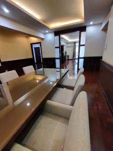 For RentCondoSukhumvit, Asoke, Thonglor : Grand villa for rent