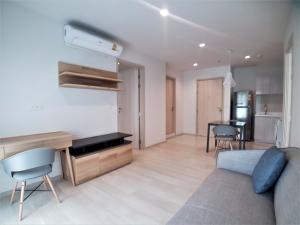 For RentCondoWitthayu,Ploenchit  ,Langsuan : 2 BR for rent at Life one wireless ห้องใหม่!!