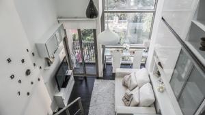 For RentCondoSukhumvit, Asoke, Thonglor : Urgent Rent ++ Branded Residence ++ Duplex Condo ++ Ideo Morph ++ Great Decor @ Special Price 23000🔥🔥