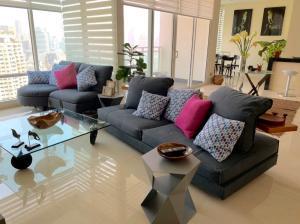 For RentCondoSathorn, Narathiwat : CA6739 Condo for rent at Infinity.