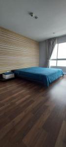 For RentCondoOnnut, Udomsuk : For rent: The Room Sukhumvit 79 corner room, city view.