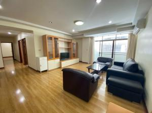For RentCondoSukhumvit, Asoke, Thonglor : BEST DEAL 35,000 from 45k @Royal Castle 39 - 3 Beds 2 Baths ( 133 Sqm)