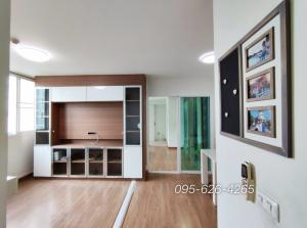 For SaleCondoPattanakan, Srinakarin : Condo for sale, 2 bedrooms, 2 bathrooms, 2 balconies, 58 sq m, Bliz Condominium, Rama 9, Huamark, near Airport Link.
