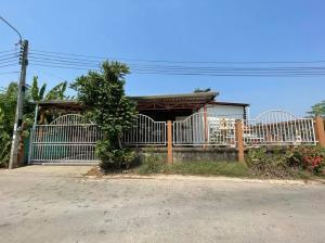 For SaleHouseBang kae, Phetkasem : House for sale 106 square meters, Soi Wat Boon Pradit, Nakhon Lung Road, Soi 11,15, Bang Phai Subdistrict, Bang Khae District, Bangkok.