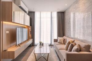 For RentCondoSukhumvit, Asoke, Thonglor : Park 24 Sukhumvit 24 Condominium 1 bedrooms for rent New condo for rent, 1 bedroom at Park 24, Soi Sukhumvit 24, next to BTS Phrom Phong.