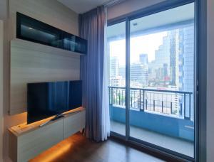 For RentCondoRama9, RCA, Petchaburi : For rent, Q Asoke, a luxury condo in Asoke area.