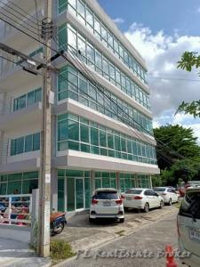 For SaleHouseKaset Nawamin,Ladplakao : Sell and rent office building, 5 floors, 135 sq m, 750 sq m, Nuanchan 29, near the expressway, 20 parking spaces.