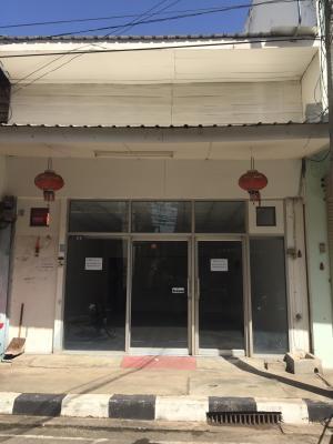 For RentTownhouseKhon Kaen : Townhouse for rent, 1. Floor, opposite Ruamchit Market, Khon Kaen, near Khon Kaen Witthaya School, contact 0859114585. or id 0859114585