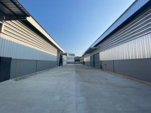 For RentWarehouseEakachai, Bang Bon : Warehouse for rent, 300 sq.m., new construction with office, Bang Bon 4