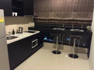 For SaleCondoOnnut, Udomsuk : For sale: Rhythm Sukhumvit 44/1: One bedroom, large room, high floor, view The Best !! ●