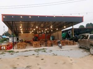 เซ้งพื้นที่ขายของ ร้านต่างๆพัทยา บางแสน ชลบุรี : เซ้งร้านด่วน ร้านหมูกระทะย่างเนย พร้อมสูตร อุปกรณ์ทุกอย่าง พร้อมเปิดร้าน