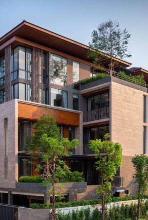 ขายบ้านพระราม 3 สาธุประดิษฐ์ : Selling  : Single House with Private Pool & Private Lift in Sathon Yen Akard , 5 Bed 6 Bath , 6 Parking lot , 500 sqm , 4+1 Floors