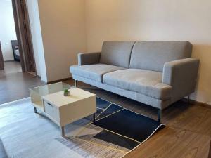 For RentCondoRatchadapisek, Huaikwang, Suttisan : For rent, Artisan Ratchada (Artisan Ratchada), new room, price 14000 baht only, size 44 sqm, very big room.
