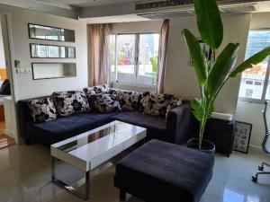 เช่าคอนโดวิทยุ ชิดลม หลังสวน : Witthayu Complex for rent