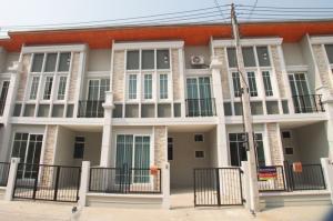 เช่าทาวน์เฮ้าส์/ทาวน์โฮมเชียงใหม่ : 🔥 Townhouse for Rent 🔥 Golden Town Charoenmuang-Superhighway Chiang Mai# PN-00003489