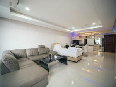For SaleCondoSukhumvit, Asoke, Thonglor : Rare Large Room in Prime Location! Selling Supalai Place Sukhumvit 39 130 Sq.m! Beautiful View!!